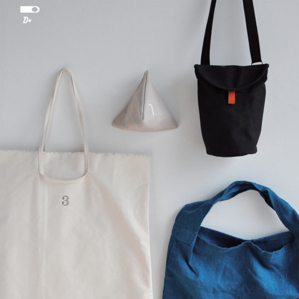thRee tote bag fair