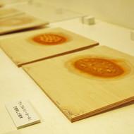 彦坂木版工房「ケーキ やけました」木版画展、まもなく終了です