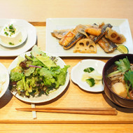 DO TABELKA 「霜月定食」のご案内