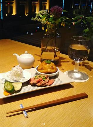 tabelka_dinner.jpg