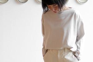 CLASKA ONLINE SHOP 連載:HAU 藁谷真生の「今着たい服、こんな服。」